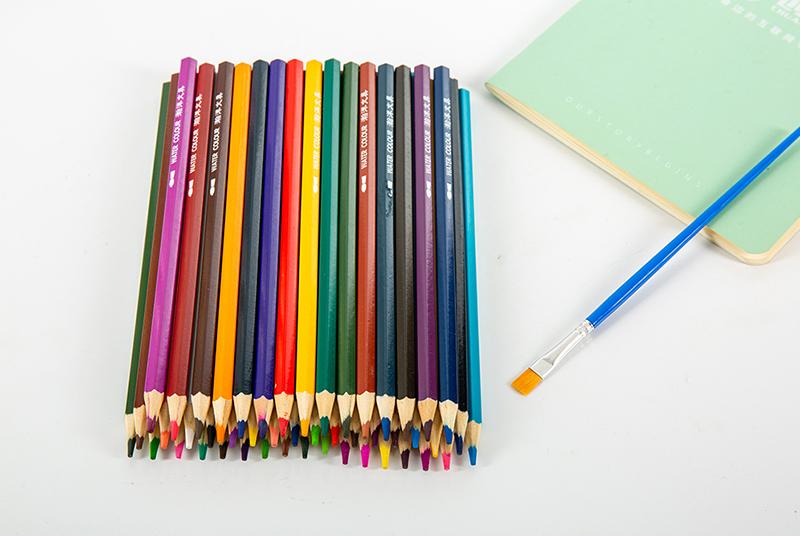 彩铅画的优势都这么明显了!你还不买一套彩色铅笔吗?